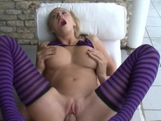 mandi dee giant real tits