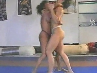 topless wrestling  fitness lady vs feminine