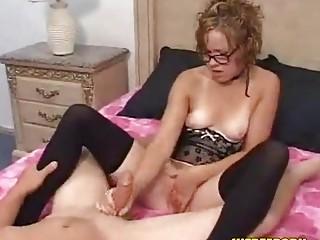 inexperienced bitch handjob