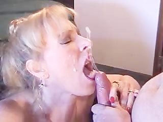 MILF smoking blowjob facial