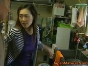 Japanese MILF enjoys hot sex