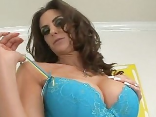 sleazy brunette amp anna emino lets her lips work