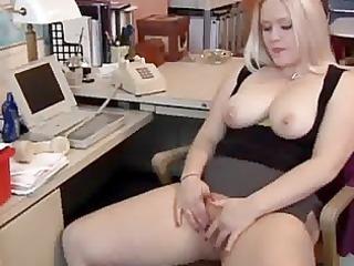 heavy secretary