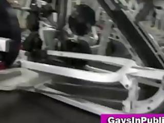 exhibitionist openair dick sucking into gym