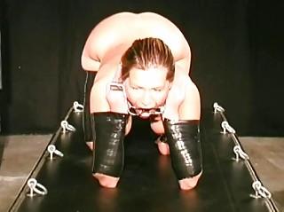 slave got her bossom bounded