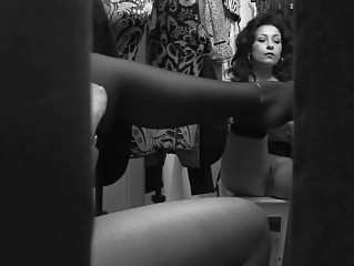 spycam records horny momma changing pants inside