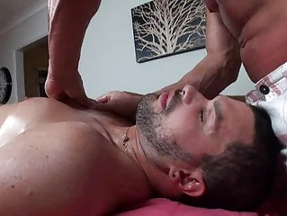 gay hunk takes an anal tasting and the massage