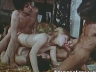 vintage fuck 1970s - bunch  porn with furry