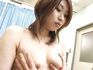 japanese av woman into a piss video