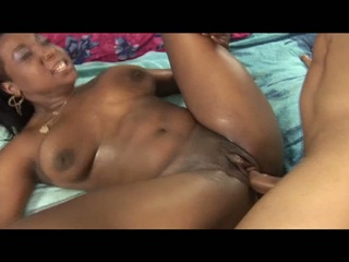 afro italian whore drilled by giant dick