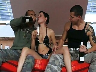 drunken10afterpartydrunkenthreesomeparty