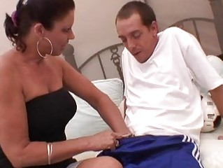 awesome momma vonda videl pleasures a strong