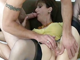 cougar amp snags tattooed badass stud for a bang