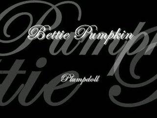 dutch bbw bettie pumpkin is back to kick some ass.