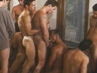 many gays with huge dicks like licking every